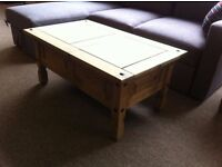 EXCELLENT CONDITION!!! Solid pine coffee table