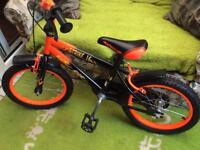 Strike 16 young child's bike 40cm wheels