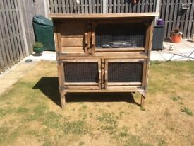 Rabbit hutch includes all covers