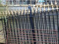 DRIVE WAY WROUGHT IRON METAL RAILLINGS GATE 13ft 6 wide 5 ft 6 high