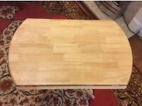 round solid wood extending dinner table 3 ft/90sm diameter
