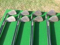 Set of golf irons