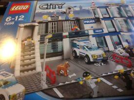 Lego City Police Station -7498 - Sealed and unused