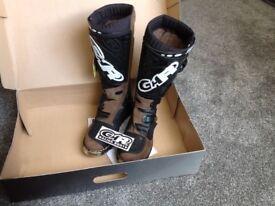 Brand new trail boot