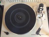 Pioneer stereo turntable model Pl-512