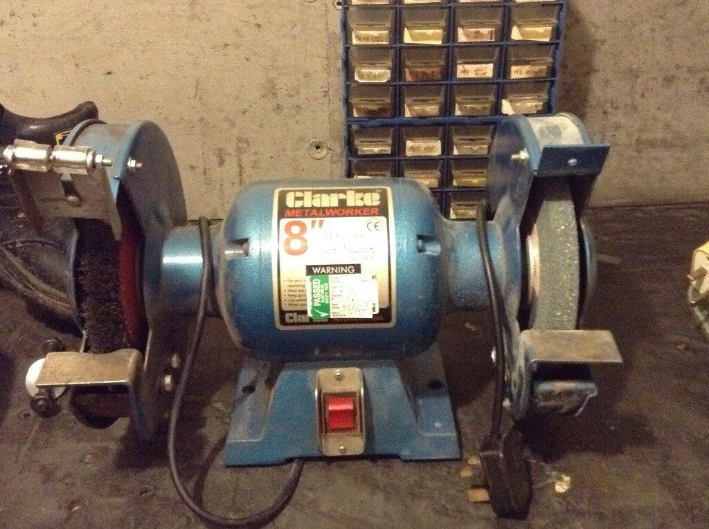 Bench Grinder Clarke 8 Inch With Grinding Wheel And Wire Wheel 40