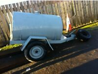 Fast tow water bowser