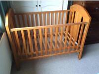 Pine Trama Baby Cot