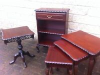 Classy reproduction 5 piece lounge set/tables