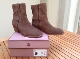 Ladies HUDSON 'Riley' suede ankle boots