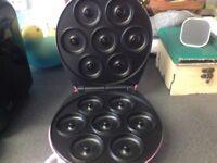 Donut maker £10