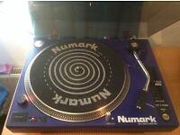Numark TT-1700 Belt drive turntable inc Stanton cartridge and slip mat