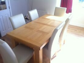 Solid oak extendable dining table extendable + 6 cream chairs