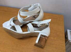 Ladies Shoe/Sandals