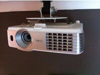 benq projector and electric screen