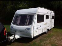 Avondale Ulysesse 5 birth caravan