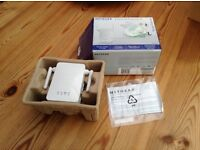 Netgear Universal Wifi Range Extender - new