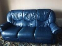 Italian Leather 3-1-1 Suite with 2 recliner chairs