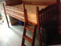 Cabin bed, solid pine with removable ladder