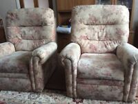 2 electric reclining chairs and 2 seater settee