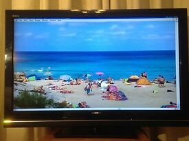 Sony Bravia 46 inch LCD TV Model KDL-46W5810U with built in Freesat & Freeview