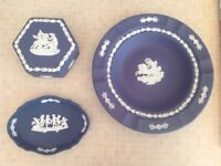 3 VINTAGE WEDGWOOD POTTERY CERAMIC PIECES, COBALT BLUE, VINTAGE, PIN TRAY TRINKET BOX PLATE
