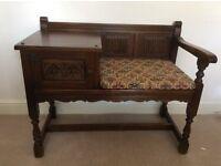Old charm Telephone seat
