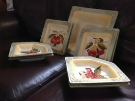 Pamela Gladding 9 piece serving set