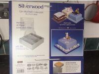 Silver wood cake tin