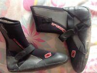 Wetsuit boots, zize 7.