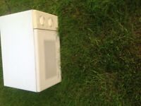 MICROWAVE OVEN -delivery or collect Surrey