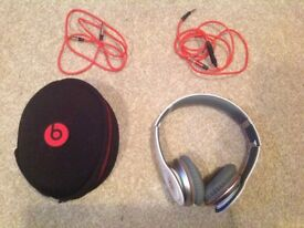 Dr Beats Headphones. White. Includes case.
