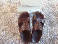 Ladies Brown hush puppies ,sandals , size 5