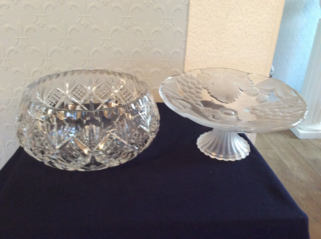 """EDINBURGH CRYSTAL BOWL 8 X 4 ALSO CAKE STAND WITH FROSTED GRAPES AND LEAVES 8"""" X3.5"""""""