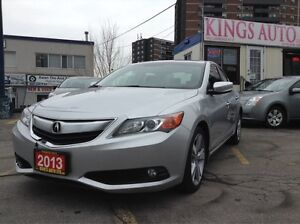 2013 Acura ILX Tech Pkg, NAVI, SUNROOF, BACK-UP CAM, LEATHER.
