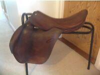 English leather saddle for cob