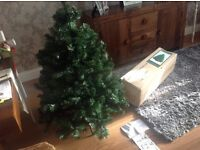 4 ft Christmas tree, boxed, used twice, paid £40 sell £20