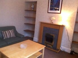 Well located and spacious 2 bed flat near Aberdeen city centre and university