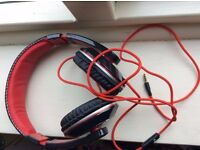 Akai Over-ear Headphones, good condition