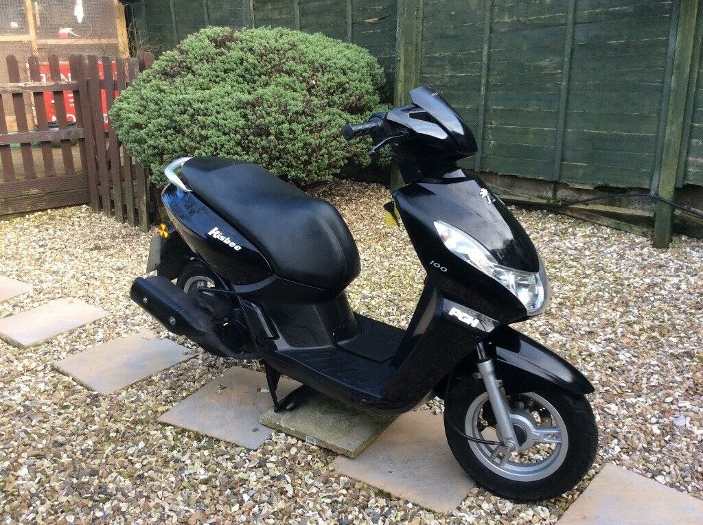 Smart 2014 Peugeot Kisbee 100cc scooter / moped | in Exeter, Devon | Gumtree