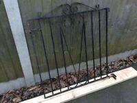 BLACK METAL CHELSEA STYLE GARDEN GATE