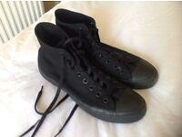 Converse All Stars Black UK Size 9 hardly worn