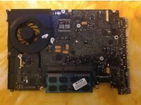 "macbook pro 13"" 2009 2x 2gb RAM motherboard 2,25Gz dou core"