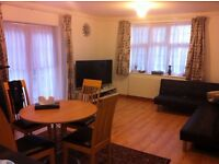 **Including All Bills**Massive studio flat to let on Topsham Road-Close to tooting bec station