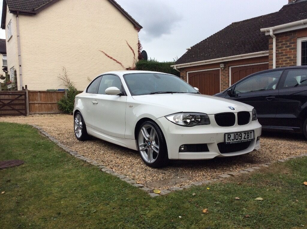 bmw 1 series coupe fbmwsh m sport white in winkfield berkshire gumtree. Black Bedroom Furniture Sets. Home Design Ideas