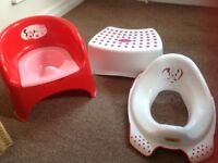 Immaculate Mothercare Minnie Mouse pink & red potty chair, Minnie toddler toilet seat & step