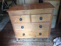 Role Victorian Pine chest of drawers
