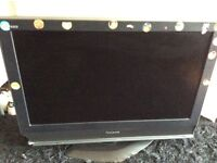 "32"" PANNASONIC LCD TV WITH BUILT IN FREEVIEW PERFECT WORKING ORDER WITH REMOTE CONTROL"