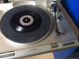 Turntable and CD player and several 100 cd s