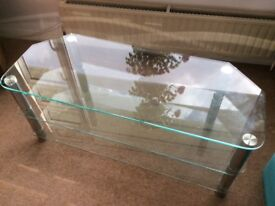 Plate glass TV stand